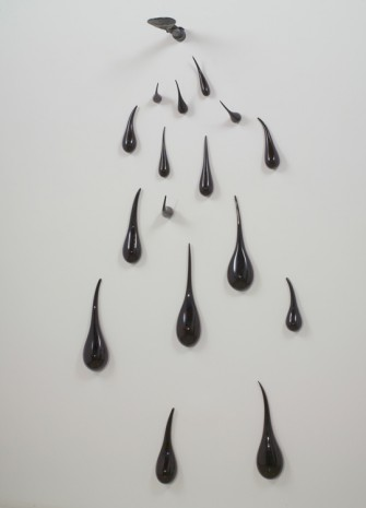 Fred Wilson, Untitled (Akua'ba), 2010 , Maccarone