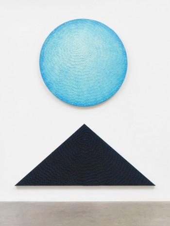 Jennifer Guidi, Echoes of the Moon (Diptych: Painted Sand SF #2R, Light Blue to Blue Gradient, White Ground; Blue and Light Blue #1PT, Black Sand SF #3T, Blue Ground), 2019, Massimo De Carlo