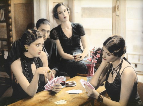 Youssef Nabil, Girls playing Cards, Cairo 1993, 1993, Galerie Nathalie Obadia