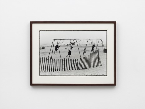 Ed Templeton, Pismo Beach, CA, 2017 (swings, fence), 2019 , NILS STÆRK
