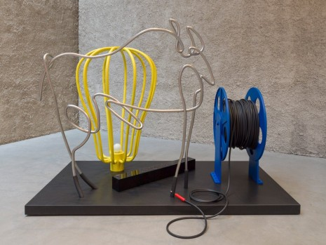 Kathryn Andrews, Picasso Trace Buzzer, 2019, König Galerie
