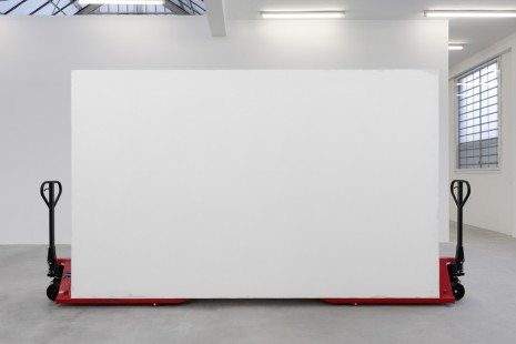 Gabriel Sierra, How to control the view of a room any kind of days III, 2019, Galleria Franco Noero