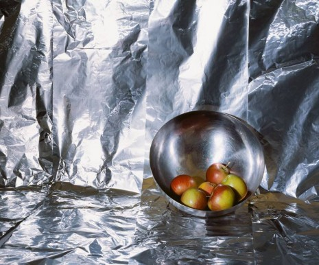 Clegg & Guttmann, Apples in a Chrome Bowl, 2019 , Lia Rumma Gallery