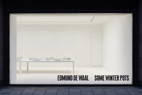 Edmund de Waal, some winter pots , Gagosian