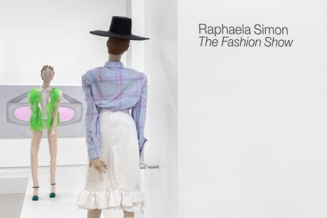 Raphaela Simon, The Fashion Show, Galerie Max Hetzler
