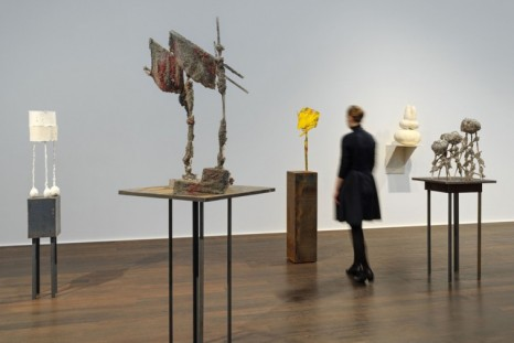 Phyllida Barlow, small worlds, Hauser & Wirth