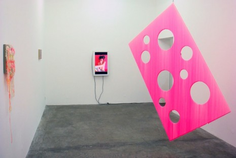 Group show, Pink summer, Galerie Sultana