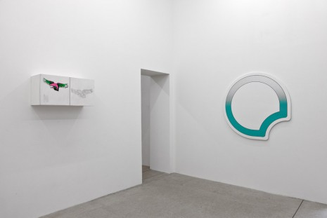 Group show, Heart-Shaped Box, galerie frank elbaz