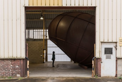 Anish Kapoor, Cave & Intersection, Galleria Continua