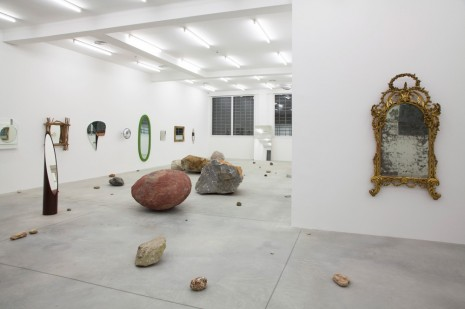 Darren Bader, rocks and mirrors, Galleria Franco Noero