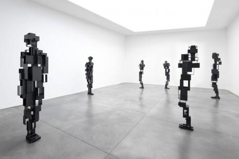 Antony Gormley, LIVING ROOM, Xavier Hufkens