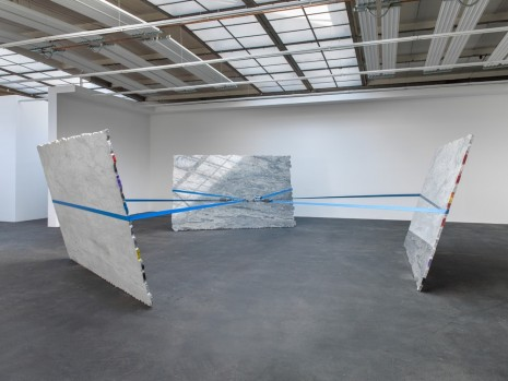 Jose Dávila, The Stone That The Builder Refused, König Galerie