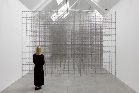Santiago Sierra, Impenetrable Structure, Lisson Gallery