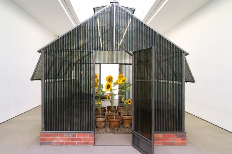 Agnès Varda, A CINEMA SHACK : The greenhouse of Happiness, Galerie Nathalie Obadia
