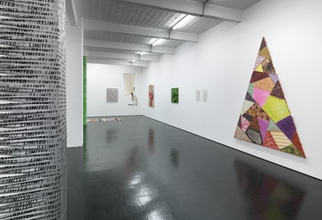 Group show, TEXT TEXTILE TEXTURE, Galerie Barbara Weiss