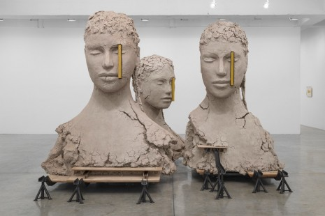 Mark Manders, Writing Yellow, Tanya Bonakdar Gallery